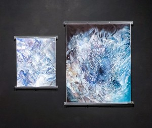 From left to right: Yamamoto Aiko, Waver #2, 2018, dye on silk, acrylic 80 x 70 x 3 cm and Waver #1, 2018, dye on silk, acrylic, 130 x 105 x 3 cm