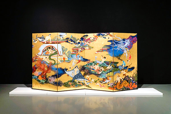 Kimura Ryoko, The Sea of the Enchanted City - Paradise of Dragon Palace, 2016, Japanese pigments and gold leaf on paper mounted on a four-panel folding screen, 176 x 340 cm, © Kimura Ryoko, courtesy of Mizuma Gallery